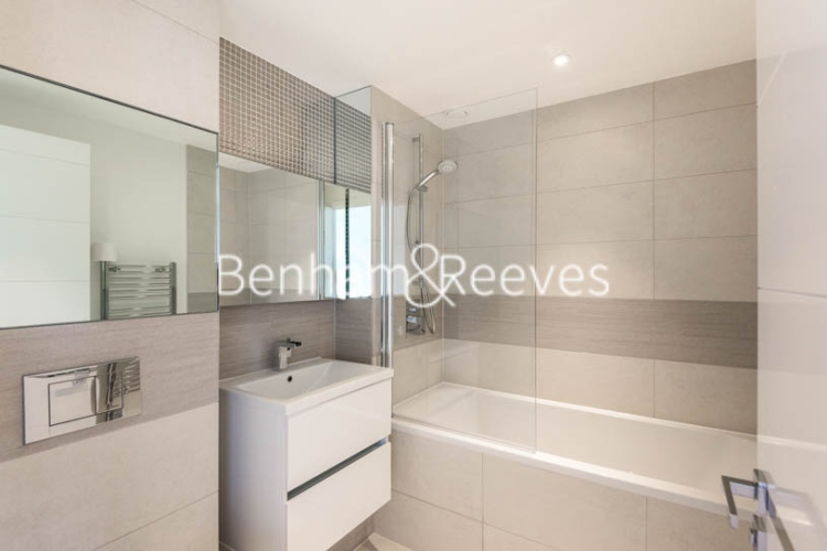 1 bedroom(s) flat to rent in Whiting Way, Surrey Quays, SE16-image 4