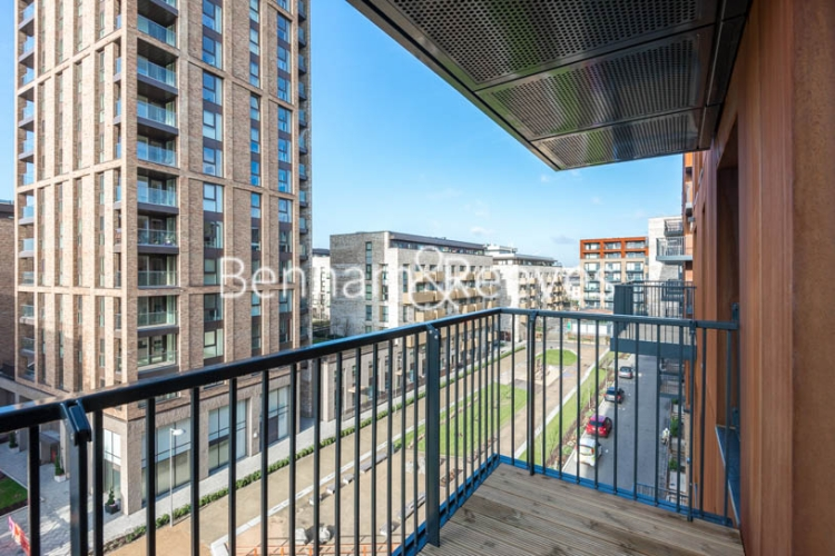 1 bedroom(s) flat to rent in Whiting Way, Surrey Quays, SE16-image 5