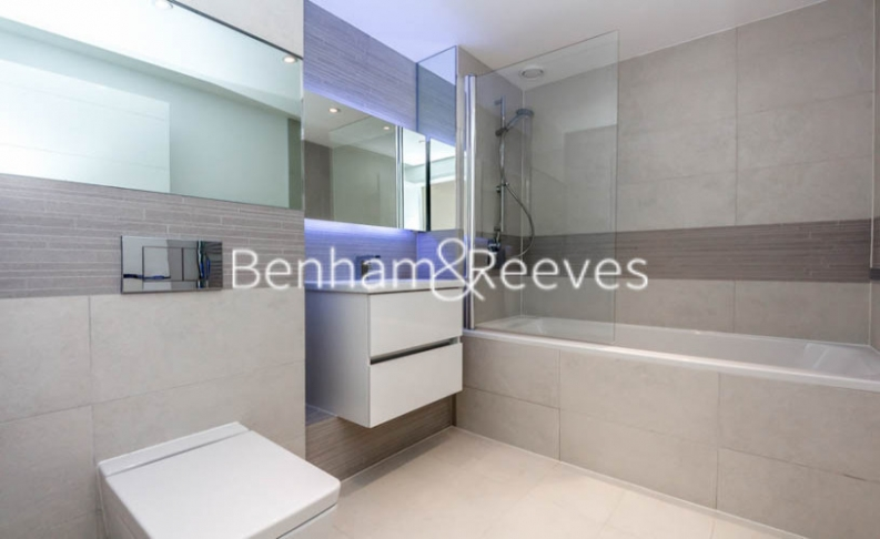 2 bedroom(s) flat to rent in Whiting Way, Surrey Quays, SE16-image 3