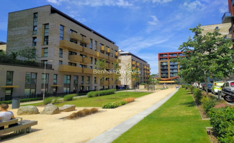 2 bedroom(s) flat to rent in Norlem Court, Surrey Quays, SE8-image 12