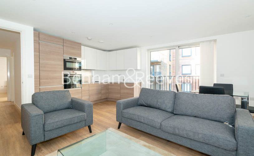 2 bedroom(s) flat to rent in Ashton Reach, Surrey Quays, SE16-image 1