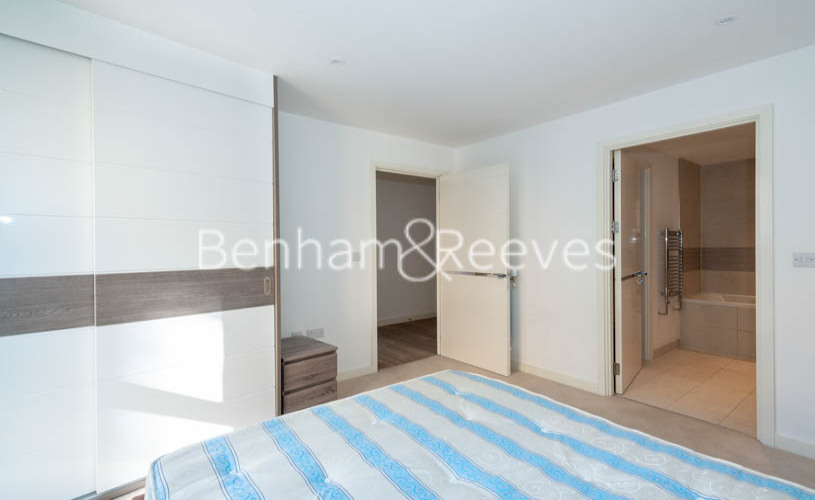 2 bedroom(s) flat to rent in Ashton Reach, Surrey Quays, SE16-image 9