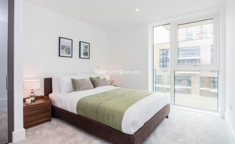 1 bedroom(s) flat to rent in Victory Parade, Woolwich, SE18-image 3