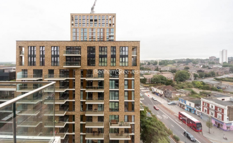 1 bedroom(s) flat to rent in Victory Parade, Woolwich, SE18-image 12