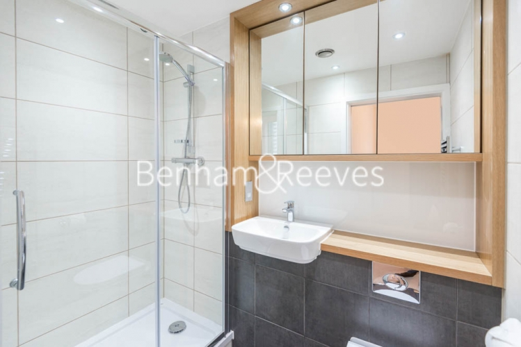 2 bedroom(s) flat to rent in River Mill One, Station Road, SE13-image 4