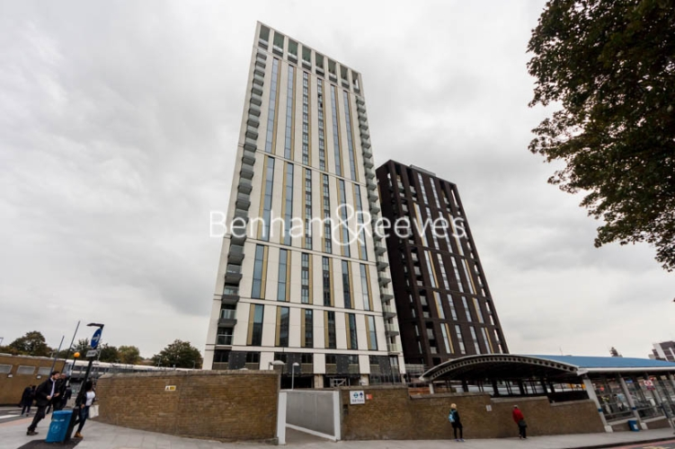 2 bedroom(s) flat to rent in River Mill One, Station Road, SE13-image 9