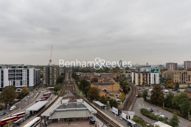 2 bedroom(s) flat to rent in River Mill One, Station Road, SE13-image 10
