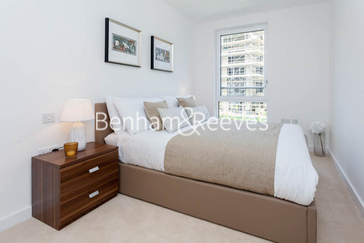 3 bedroom(s) flat to rent in Ashton Reach, Surrey Quays, SE16-image 7