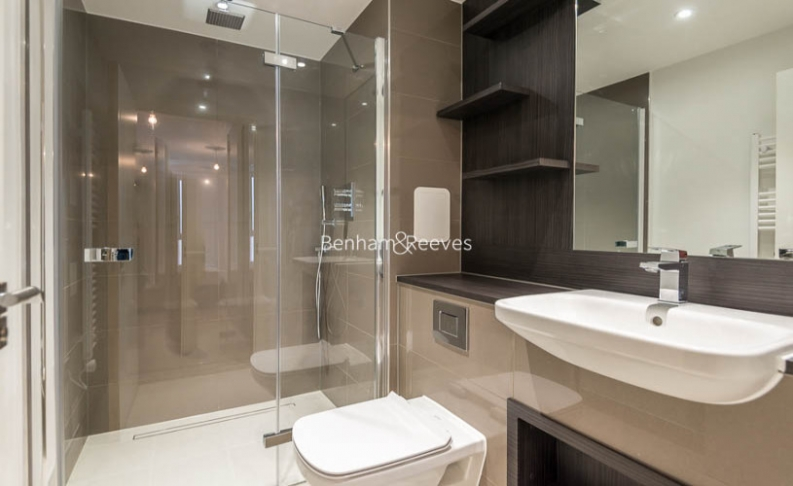 2 bedroom(s) flat to rent in Enderby Wharf, Surrey Quays, SE10-image 8