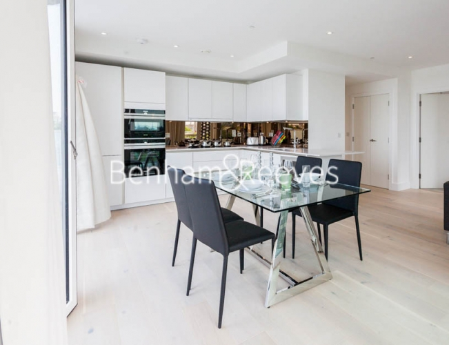 2 bedroom(s) flat to rent in Claremont House, Canada Water, SE16-image 3