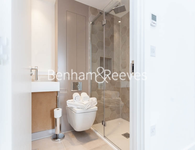 2 bedroom(s) flat to rent in Claremont House, Canada Water, SE16-image 5
