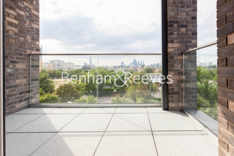 2 bedroom(s) flat to rent in Claremont House, Canada Water, SE16-image 6