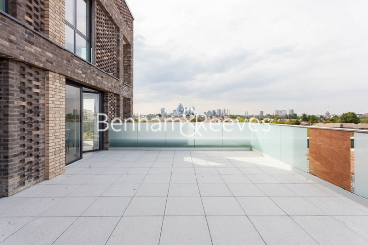 2 bedroom(s) flat to rent in Claremont House, Canada Water, SE16-image 10