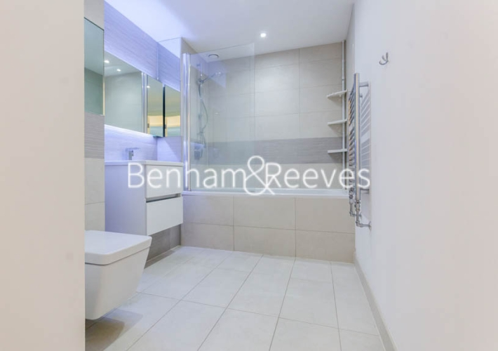 2 bedroom(s) flat to rent in Royal Victoria Gardens, Surrey Quays, SE16-image 17