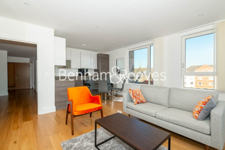2 bedroom(s) flat to rent in Marine Wharf East, Surrey Quays, SE8-image 1