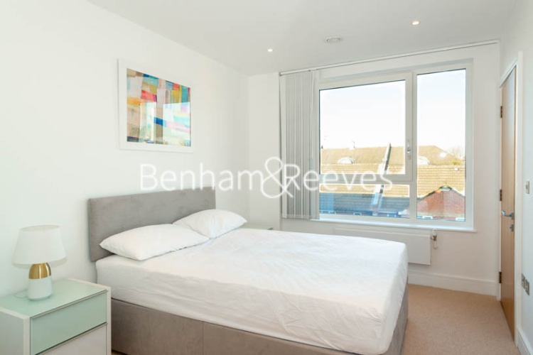 2 bedroom(s) flat to rent in Marine Wharf East, Surrey Quays, SE8-image 9