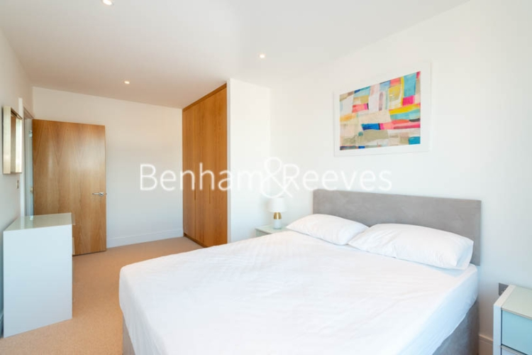 2 bedroom(s) flat to rent in Marine Wharf East, Surrey Quays, SE8-image 11