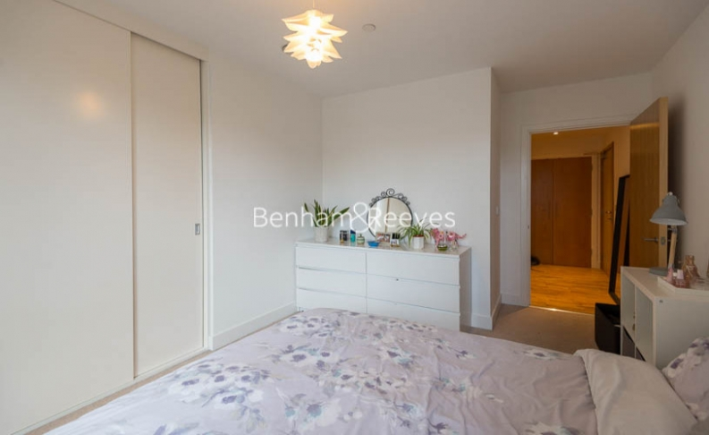 1 bedroom(s) flat to rent in River Mill One, Station Road, Lewisham, SE13-image 7