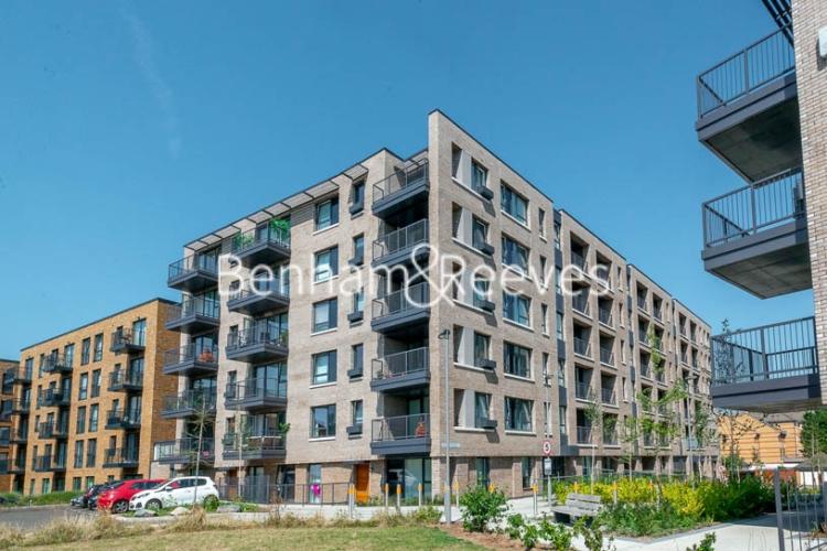 1 bedroom(s) flat to rent in Harbourside Court, Surrey Quays, SE8-image 8