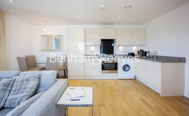 2 bedroom(s) flat to rent in Tilston Bright Square, Surrey Quays, SE2-image 2