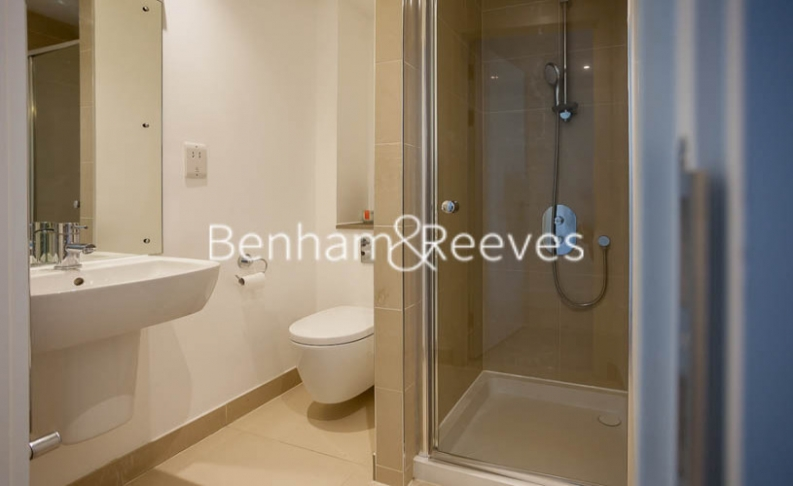 2 bedroom(s) flat to rent in Tilston Bright Square, Surrey Quays, SE2-image 4
