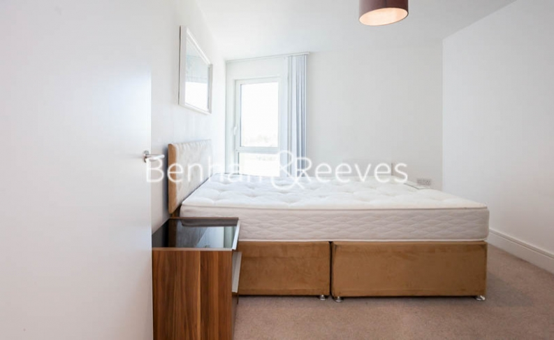 2 bedroom(s) flat to rent in Tilston Bright Square, Surrey Quays, SE2-image 11