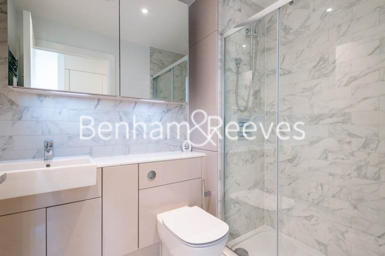 2 bedroom(s) flat to rent in Weymouth Building, Elephant and Castle, SE17-image 4