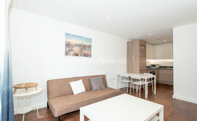 1 bedroom(s) flat to rent in Endeavour House, Ashton Reach, SE16-image 11