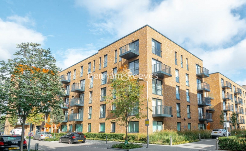1 bedroom(s) flat to rent in Endeavour House, Ashton Reach, SE16-image 12