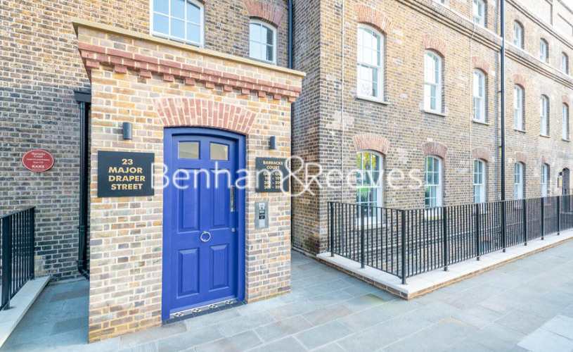 2 bedroom(s) flat to rent in Barracks Court, Major Draper Street, SE18-image 7