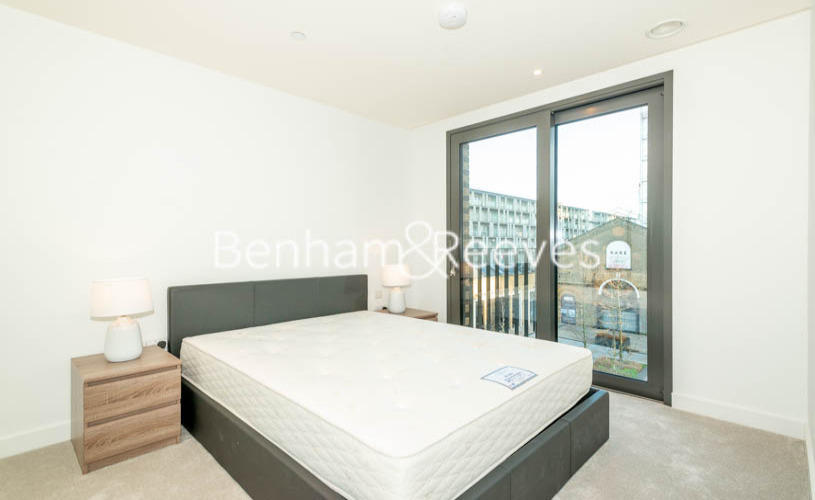 2 bedroom(s) flat to rent in Barracks Court, Major Draper Street, SE18-image 11