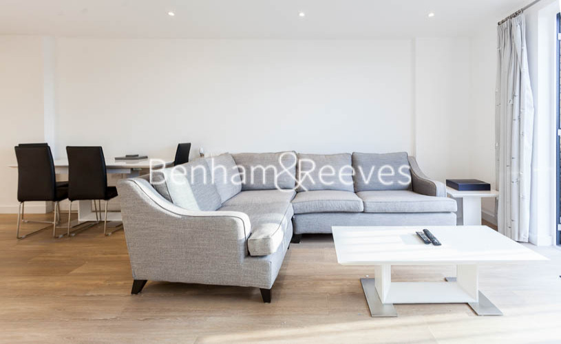 2 bedroom(s) flat to rent in Endeavour House, Ashton Reach, SE16-image 1