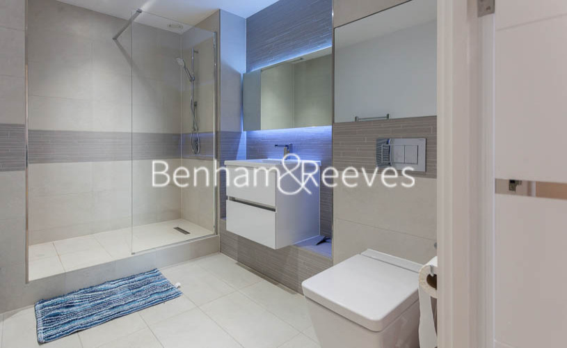 2 bedroom(s) flat to rent in Endeavour House, Ashton Reach, SE16-image 4