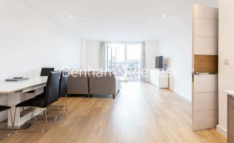 2 bedroom(s) flat to rent in Endeavour House, Ashton Reach, SE16-image 12