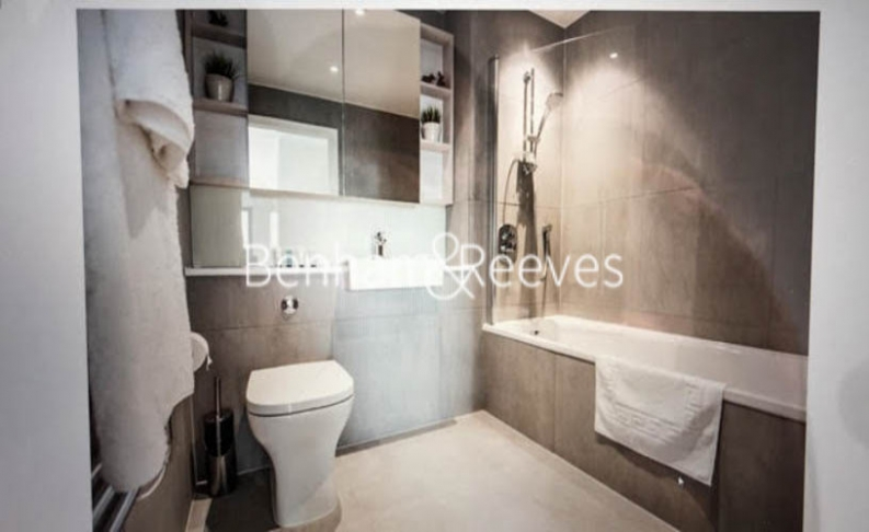 2 bedroom(s) flat to rent in Elephant and Castle, Surrey Quays, SE1-image 3