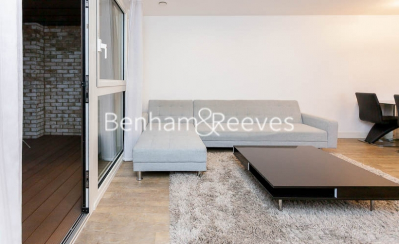 3 bedroom(s) flat to rent in Pell Street, Marine Wharf, SE8-image 1