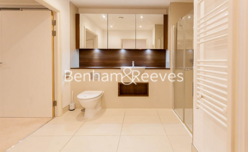 3 bedroom(s) flat to rent in Pell Street, Marine Wharf, SE8-image 4