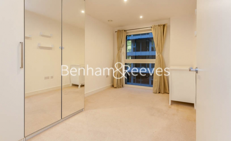 3 bedroom(s) flat to rent in Pell Street, Marine Wharf, SE8-image 7