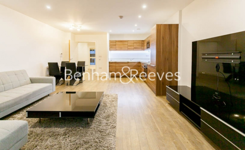 3 bedroom(s) flat to rent in Pell Street, Marine Wharf, SE8-image 9