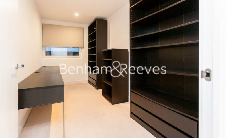 3 bedroom(s) flat to rent in Pell Street, Marine Wharf, SE8-image 10