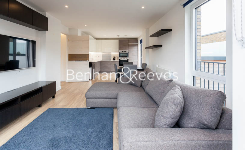 2 bedroom(s) flat to rent in Endeavour House, Marine Wharf, SE16-image 1