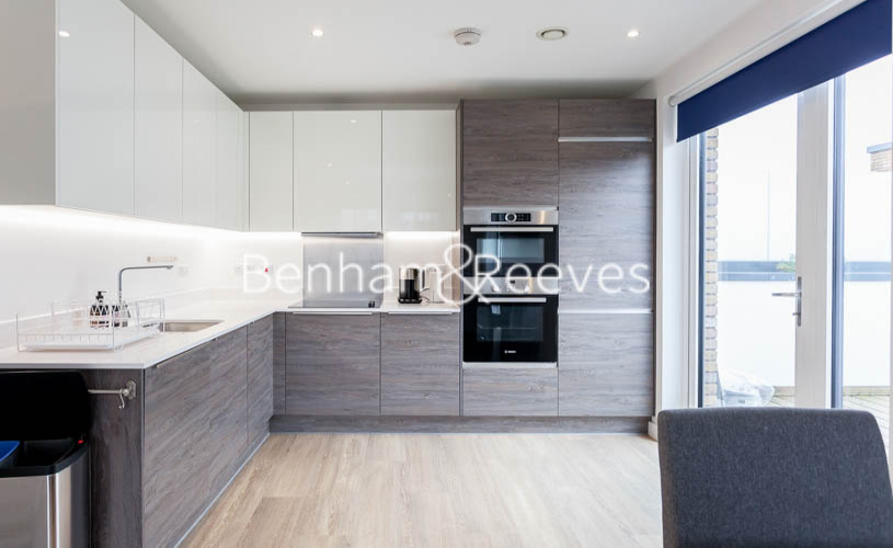 2 bedroom(s) flat to rent in Endeavour House, Marine Wharf, SE16-image 2