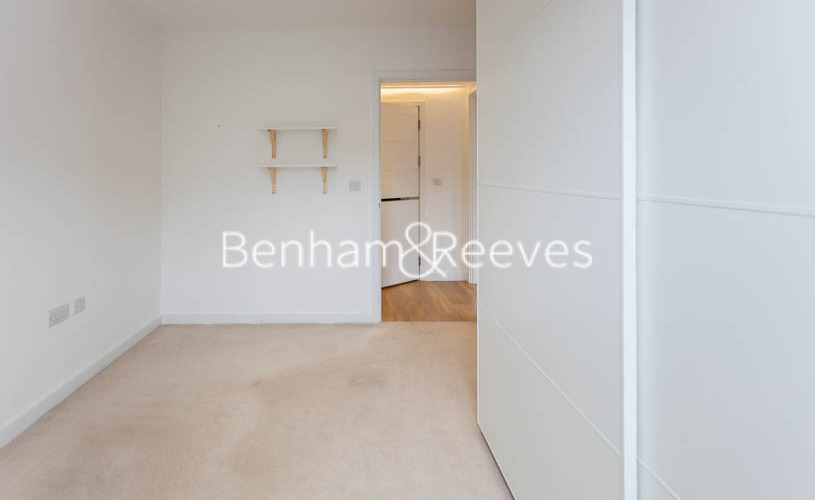 2 bedroom(s) flat to rent in Endeavour House, Marine Wharf, SE16-image 5