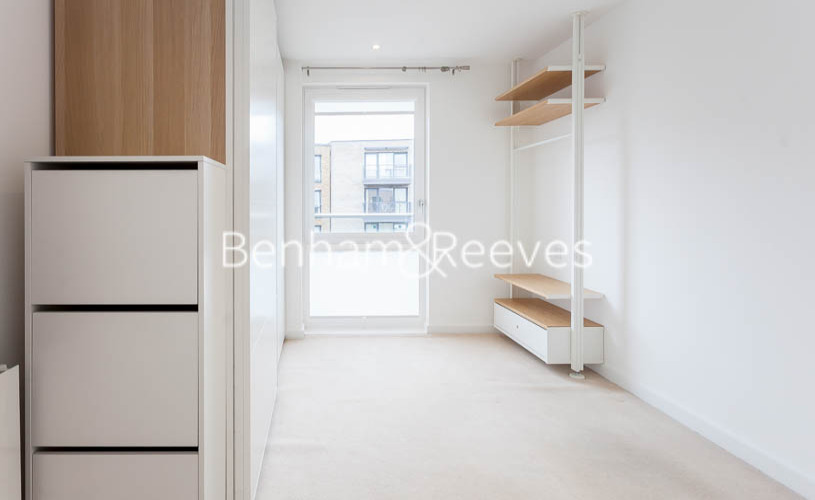 2 bedroom(s) flat to rent in Endeavour House, Marine Wharf, SE16-image 9