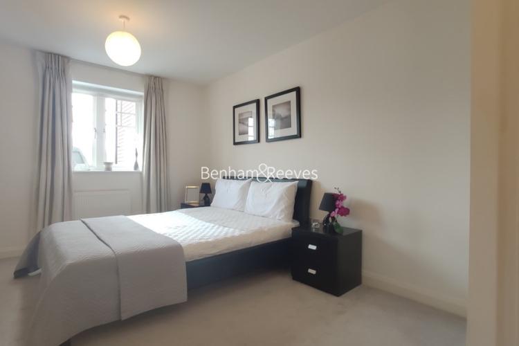 1 bedroom(s) flat to rent in Mercury House, Epsom, KT17-image 3