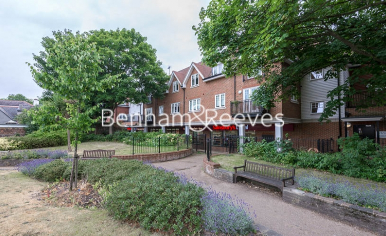 1 bedroom(s) flat to rent in Cheam Road, Ewell Village, KT1-image 4