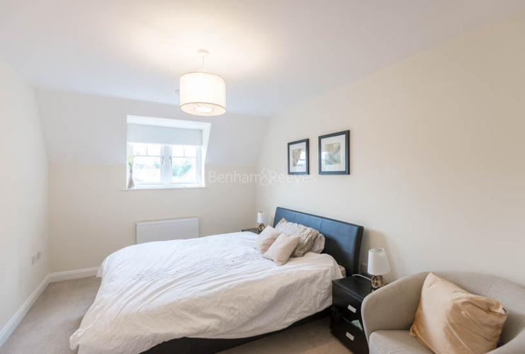 1 bedroom(s) flat to rent in Mercury House, Ewell, KT17-image 3
