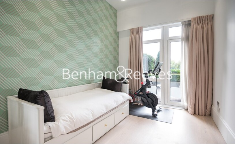 2 bedroom(s) flat to rent in Kew Bridge, Brentford, TW8-image 13