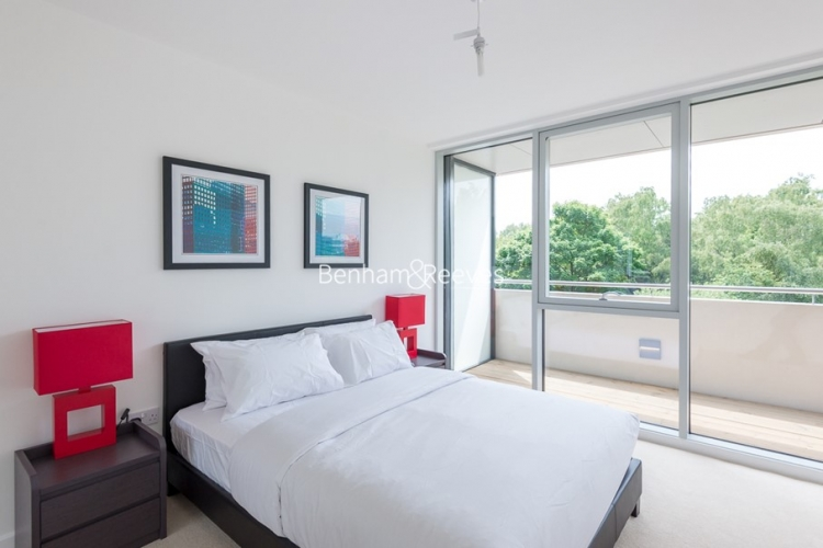 1 bedroom(s) flat to rent in Colonial Drive, Chiswick, W4-image 3
