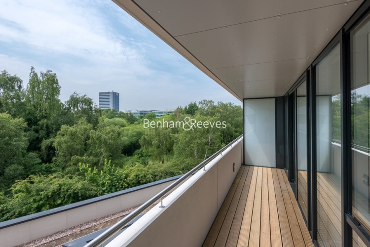 1 bedroom(s) flat to rent in Colonial Drive, Chiswick, W4-image 5